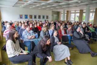 77 neue Mitarbeiterinnen und Mitarbeiter nehmen an dem zweiten Einführungstag teil. Foto: SMMP/Ulrich Bock