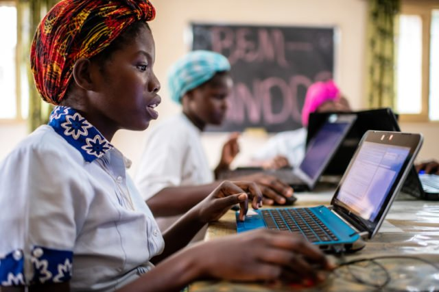 Ausbildung der Novizinnen durch Schwester Conceicao im Haus der Schwestern in Cuamba, Provinz Niassa, Mosambik (Foto: Florian Kopp)